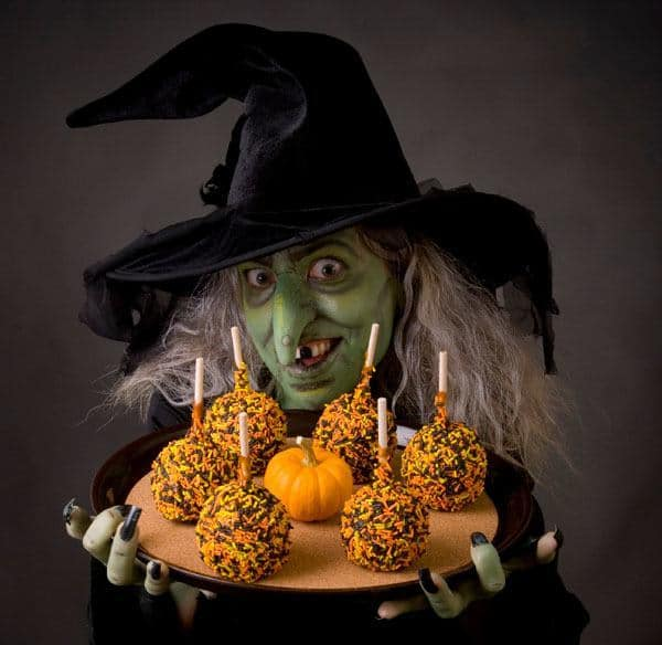 Halloween er forbeholdt hekse, genfærd og mørkets magter